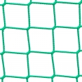 Siatki Szczecin - Siatka sznurkowa na boisko Profesjonalna siatka sznurkowa na boisko. Rozmiar oczka 4,5x4,5cm. 3mm grubości sznurka z polipropylenu to wystarczająco dużo do tego, by ogrodzenie boiska było maksymalnie solidne. Ogrodzenie wykonane z polipropylenowych siatek to element trwały i solidny na każdym boisku sportowym i nie tylko. Mocny materiał odporny jest na wiele czynników pogodowych. Mocny sznurek i bezwęzłowy splot siatki to gwarancja odpowiedniego poziomu bezpieczeństwa. Najpopularniejsza i po najlepszej cenie siatka sznurkowa na rynku